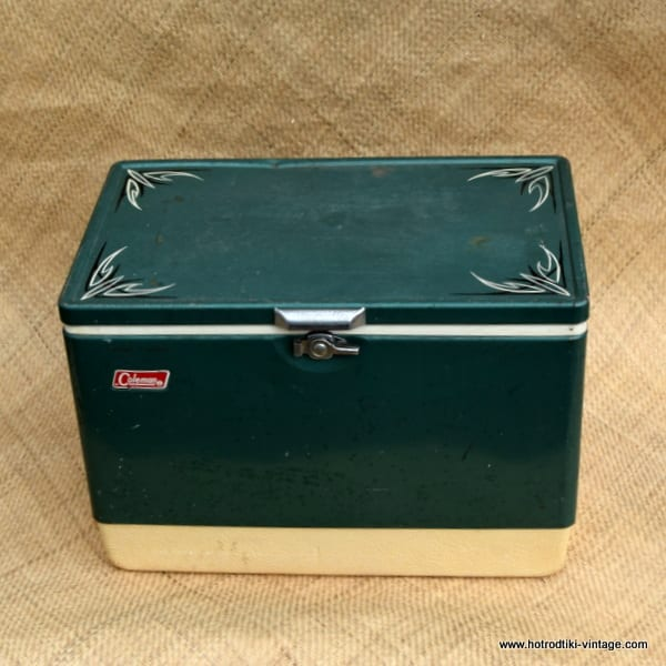 vintage pinstriped american thermos green cool box hrtv. Black Bedroom Furniture Sets. Home Design Ideas