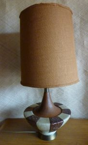 1962_aladdin_style_american_table_lamp