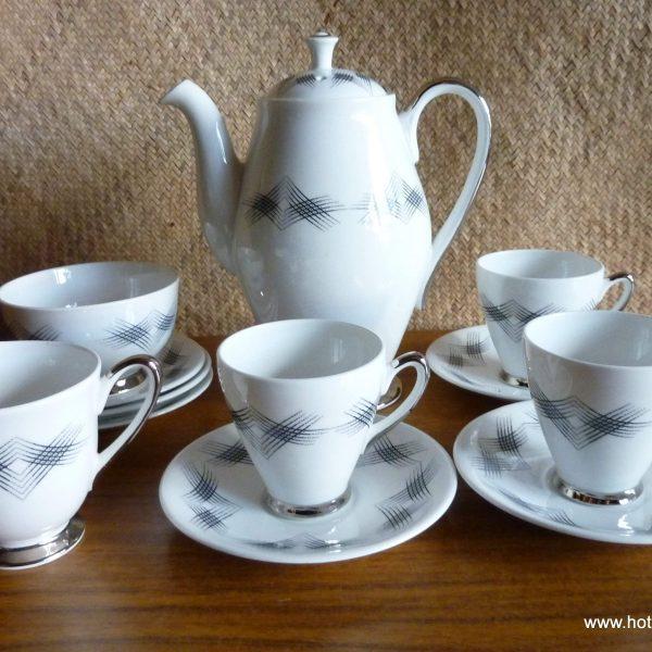 ... Vintage Windsor Futura Coffee Set. P1190943