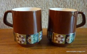 pair_of_1960_s_carltonware_2710_cups