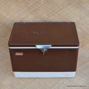 Vintage American Coleman Brown Ice Chest 1