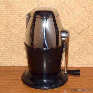 1950's Black Ice O Mat Ice Crusher 2