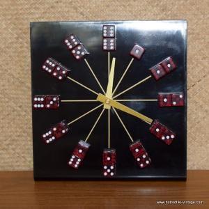 Vintage Style Dice Clock 4