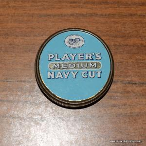 Players Navy Cut Tin 1