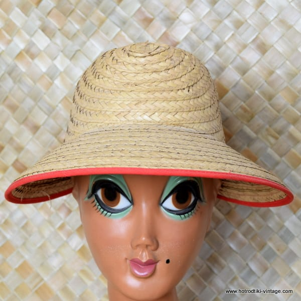 e68a20cbb65 Vintage 1960 s Ladies  Happy Cappers  Straw Large Brimmed Cap - HRTV