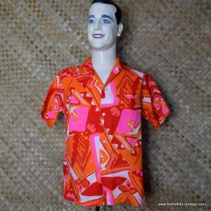 4a88e3326 1960's Vintage Mens 'Kolekole' Pink, Orange & White Hawaiian Shirt
