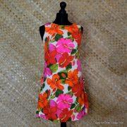 1960's Ladies Vintage Pacific Isle Pink & Orange Hawaiian Dress 1
