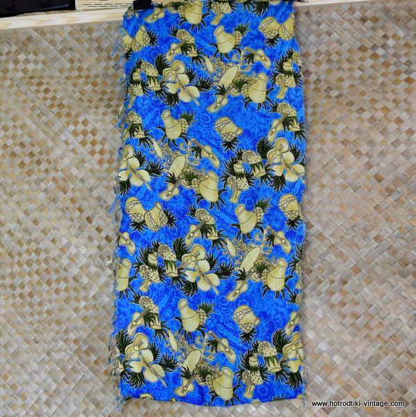 Vintage Blue Hawaiian Sarong 1