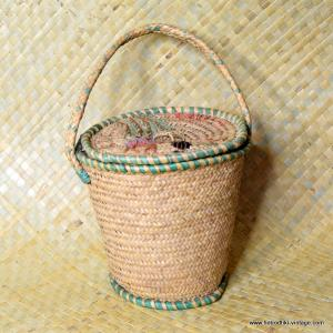 Vintage Ladies Majorca Straw Bucket Bag 1