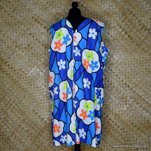 f6e3ea3f6f693 1960's Vintage Ladies 'Sears Sun Shift' Cotton Flower Power Dress ...