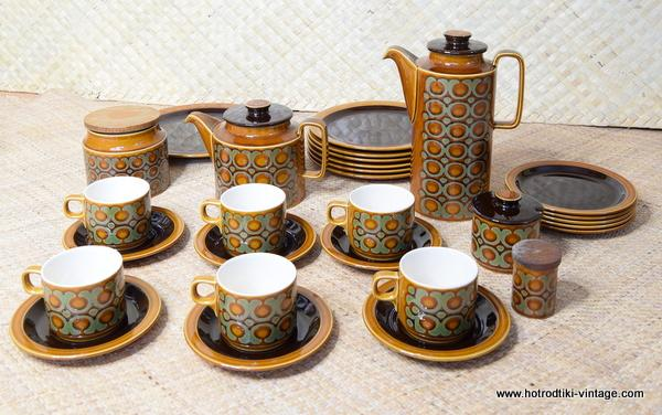 1970's Vintage Hornsea Bronte TeaCoffee Set with Extras 34 Pieces 1