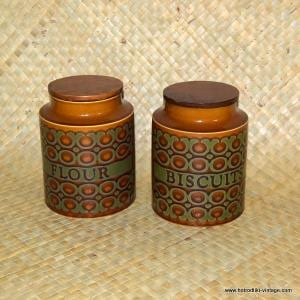 1970's Hornsea Bronte pair of barrels 1